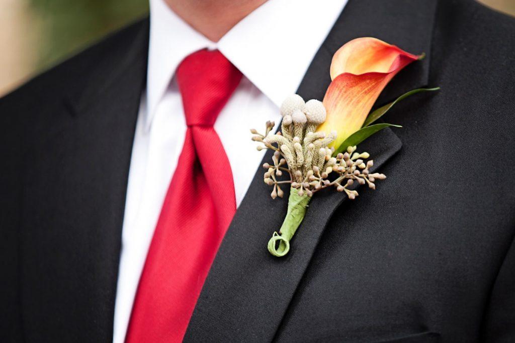 boutonniere groom closeup