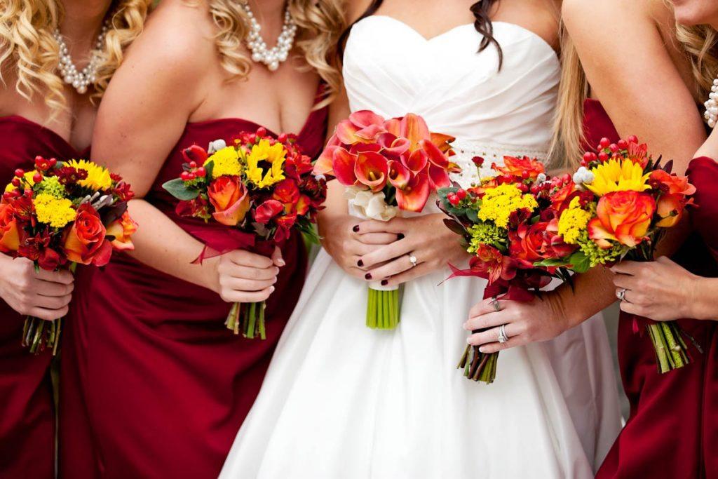 burgundy bridesmaids bouquet