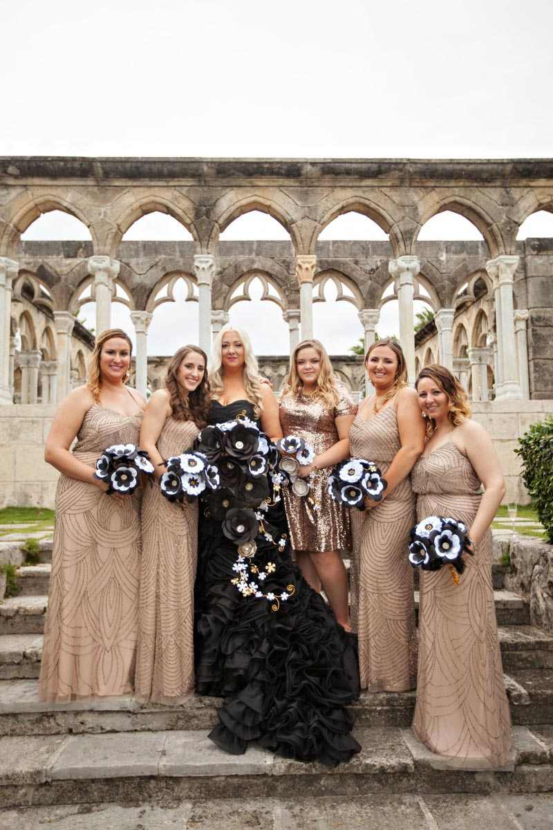 Bridesmaids Gold Champagne Dresses with Bouquets