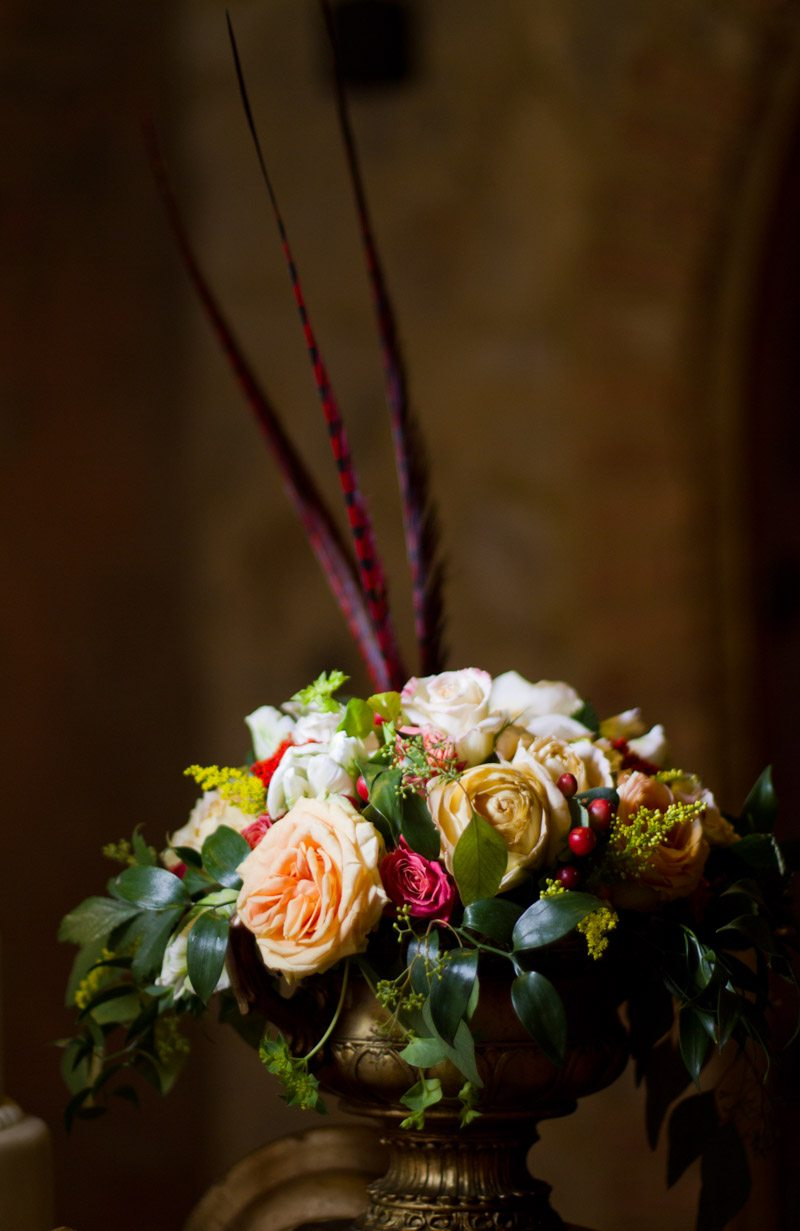_Cake table flowers Russell_Teimouri_Cat_Melnyk_Photography_IMG47992