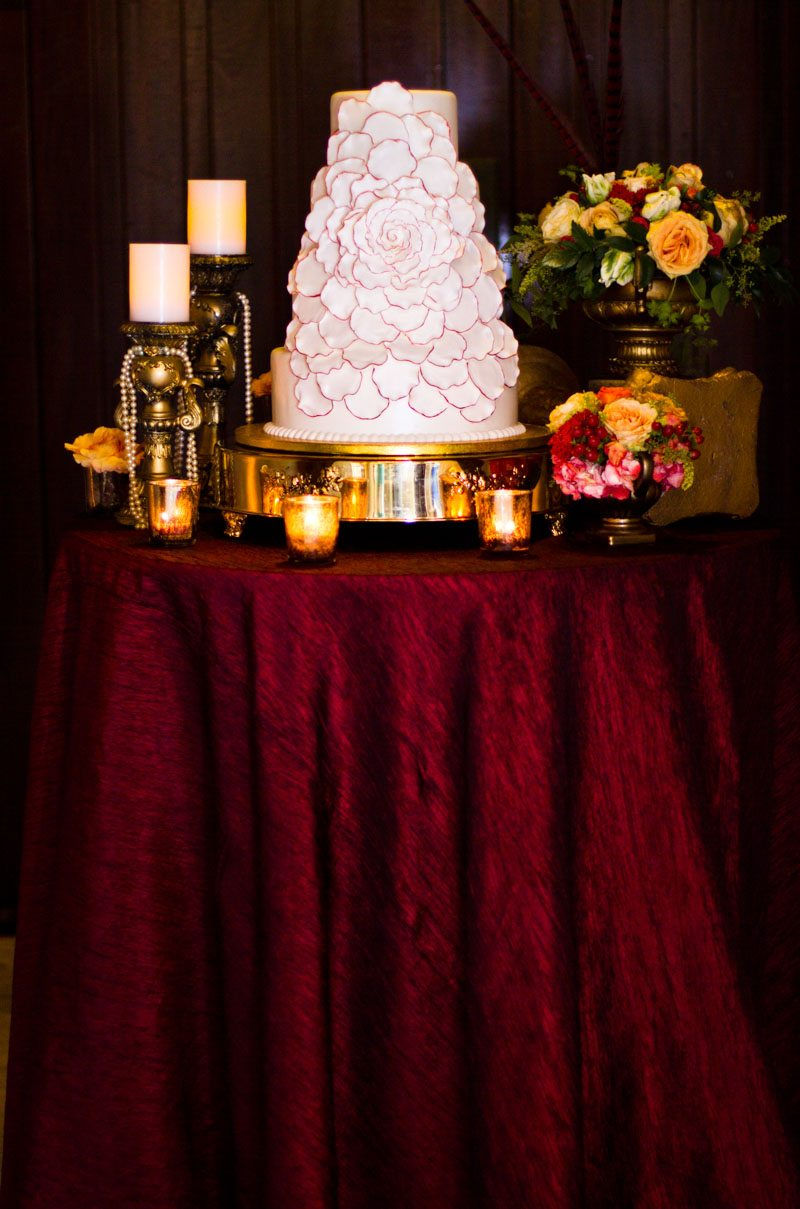 _Cake with flower icing Russell_Teimouri_Cat_Melnyk_Photography_IMG47572