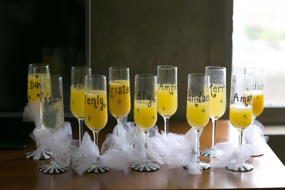 Champaign glasses personalized with names and bows Wilcox_Soplinski_Carrie_Wildes_Photography_CWP0348