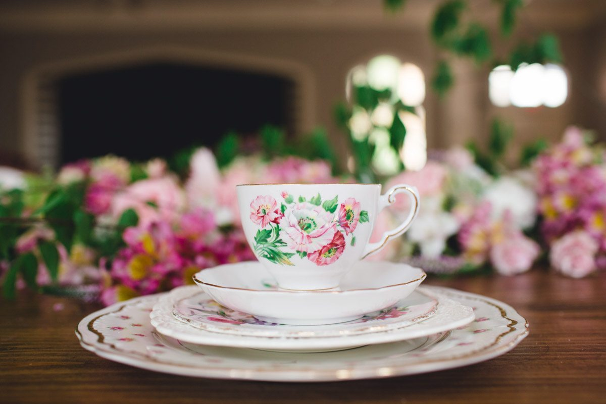Floral Pink White Green China