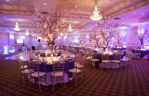 _Tree centerpieces hotel overview Lathrop__5th_avenue_digital_025820141213JDAARachelOshinBM