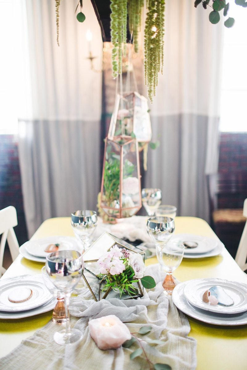 Table sideshot gold silver and greenery