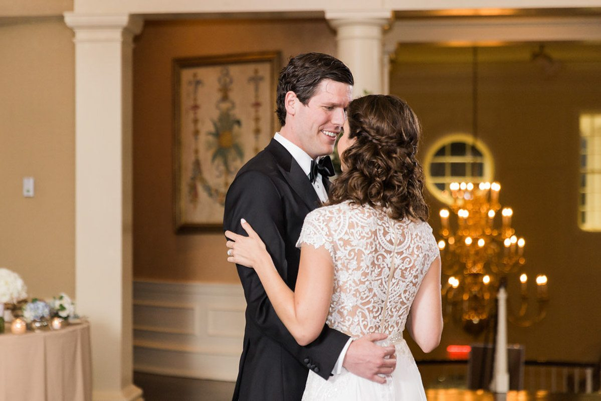 polly-and-tanner-first-dance
