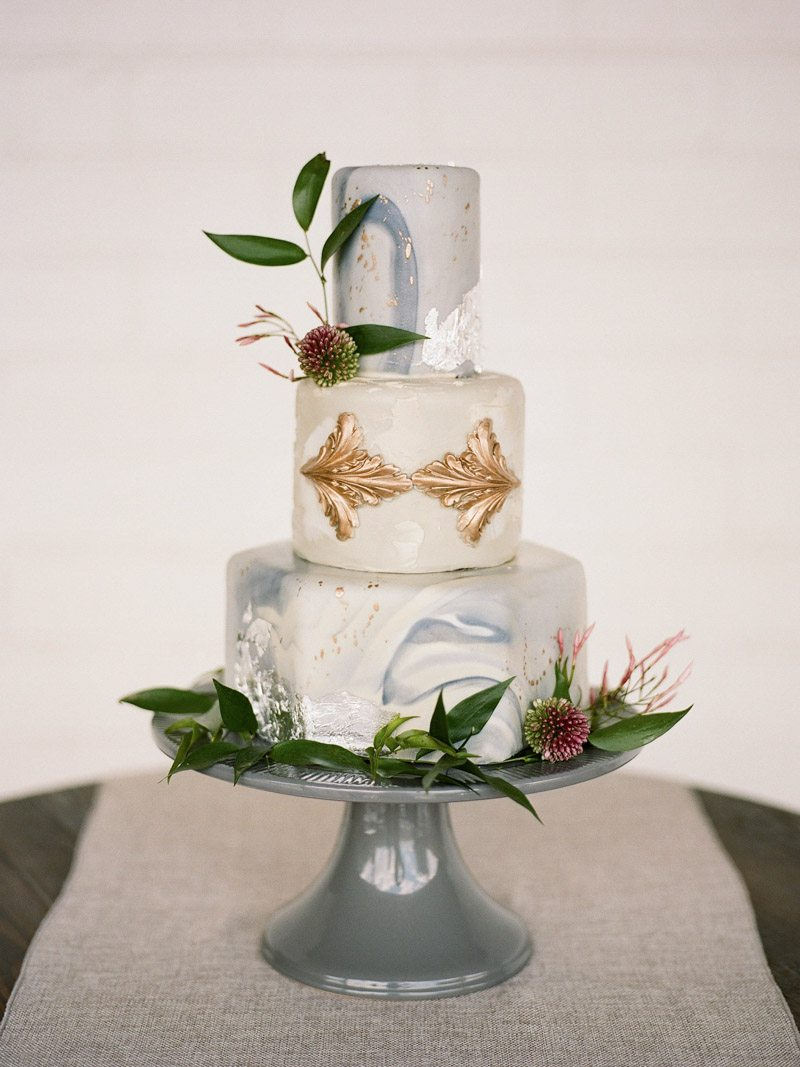 wedding-cake-the-stave-room-davy-whitener-photography-4