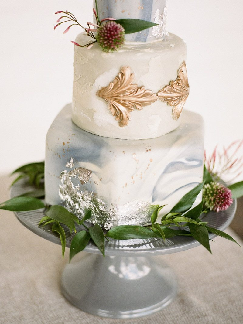wedding-cake-the-stave-room-davy-whitener-photography-7