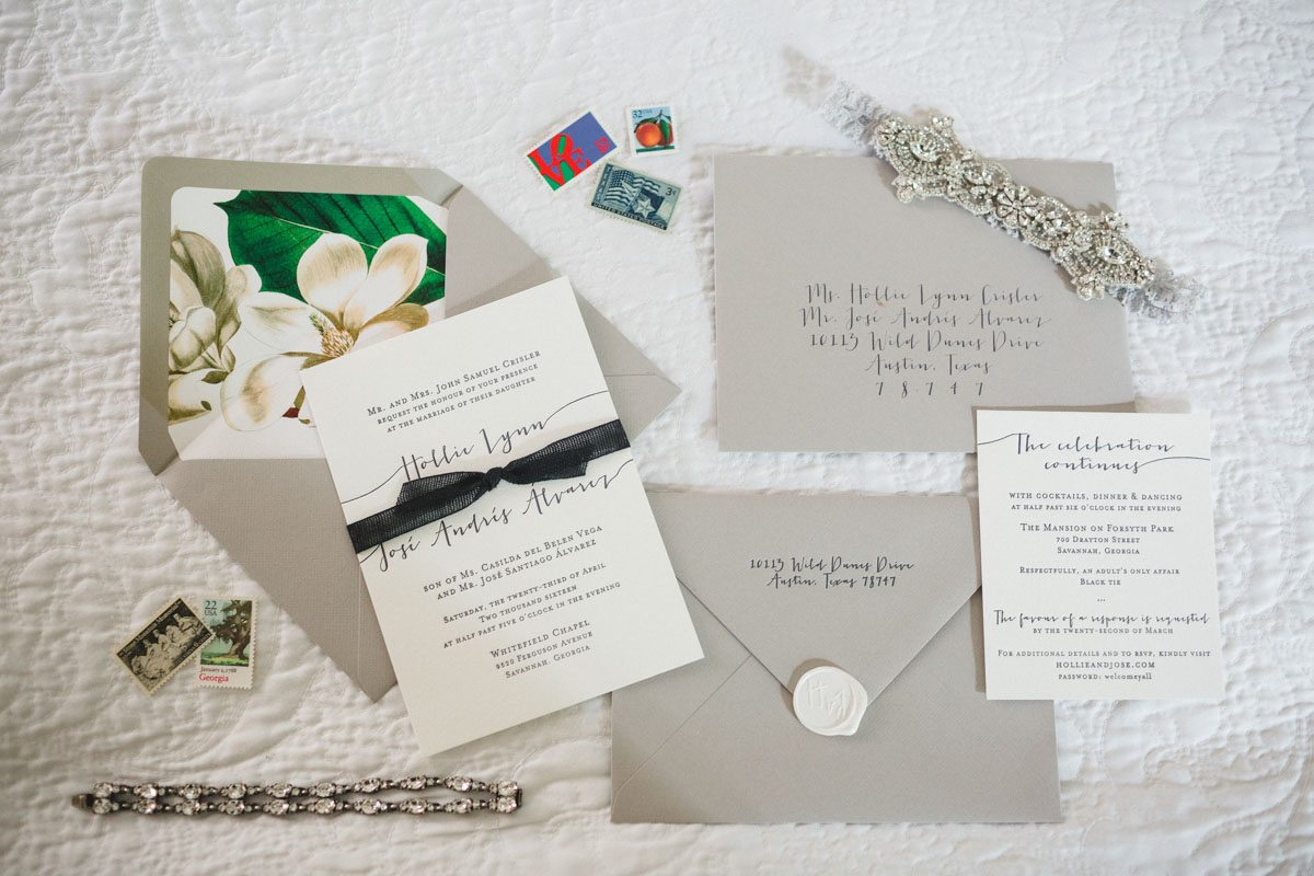 black-and-white-bow-invitations