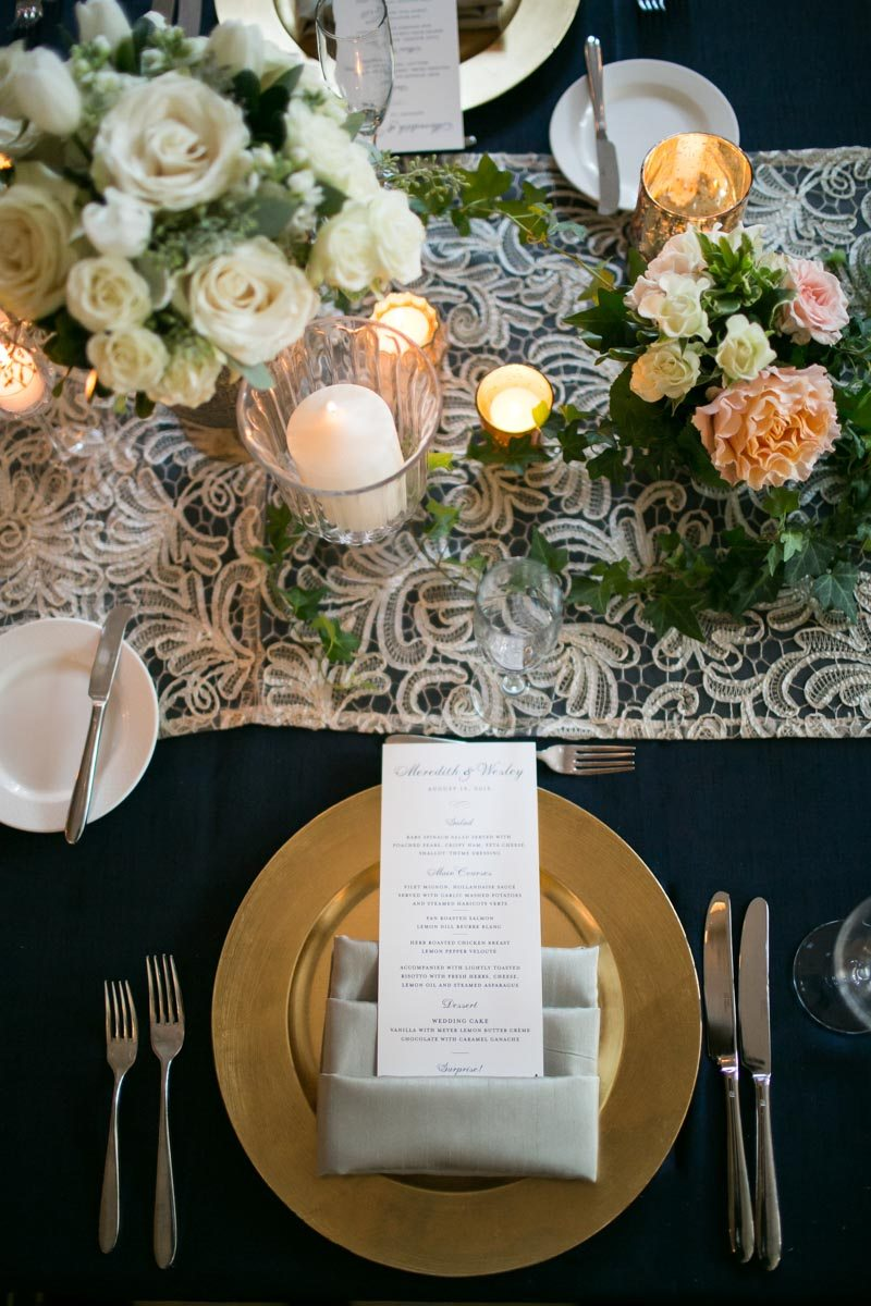 gold-plate-grey-napkin-place-setting