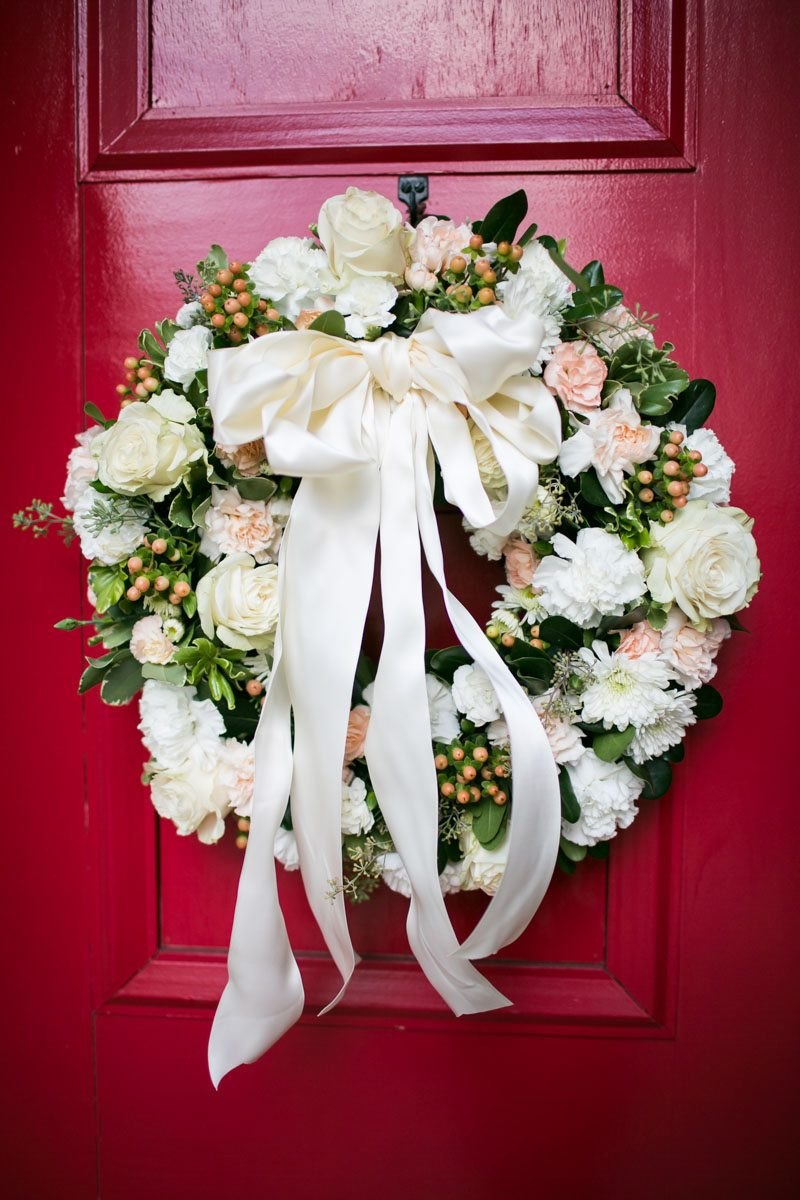 pink-and-white-wedding-wreath