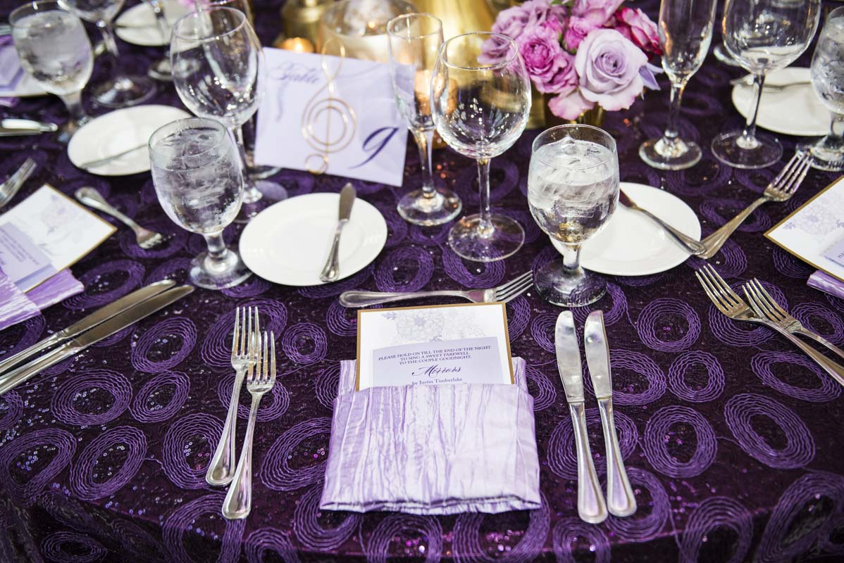 purple-and-gold-place-setting
