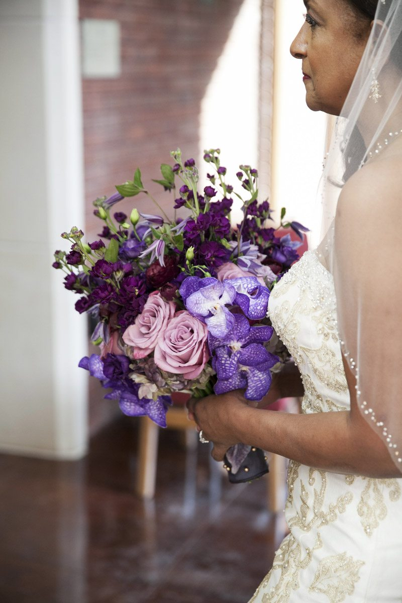 purple-flower-bouquet