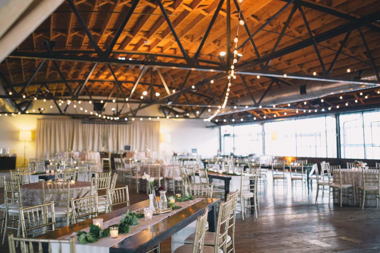 simple-hanging-light-reception-venue