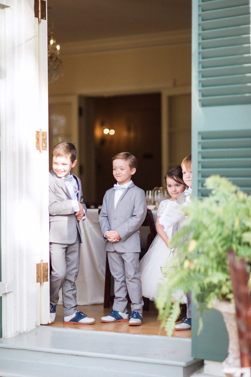 white-and-grey-flower-irl-and-ring-bearer