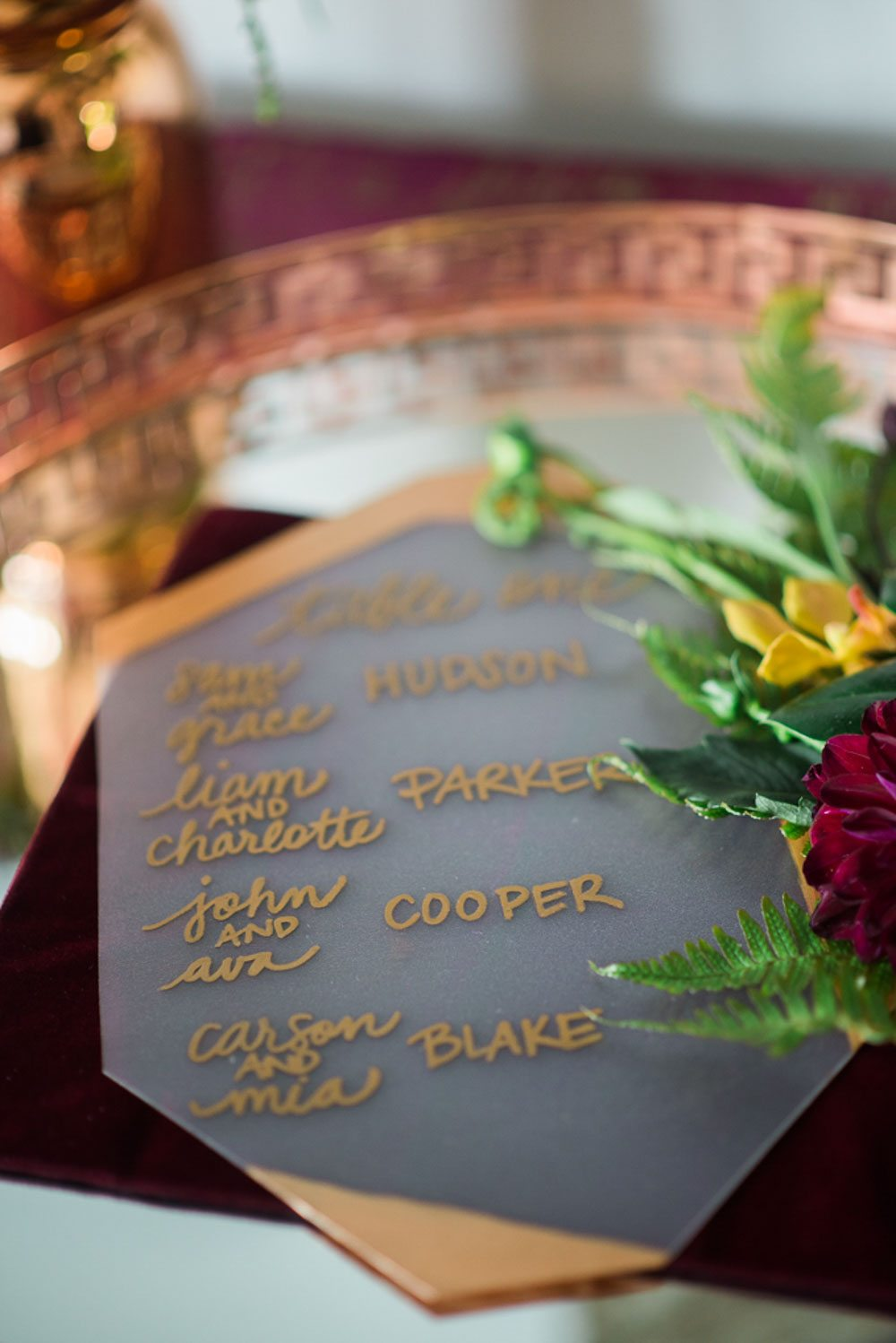 gold marker escort card