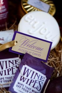 wedding favors purple gold white pink