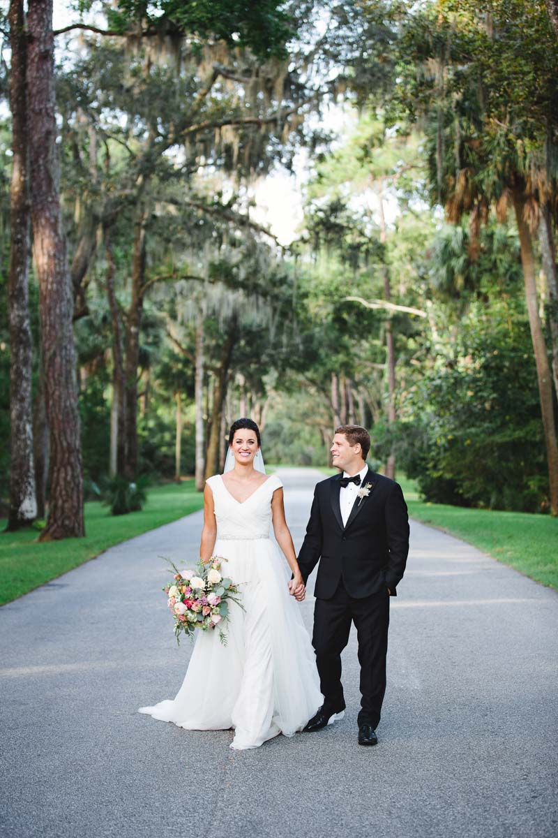 izzy-hudgins-photography-montage-palmetto-bluff-lowcountry-wedding-ideas-77