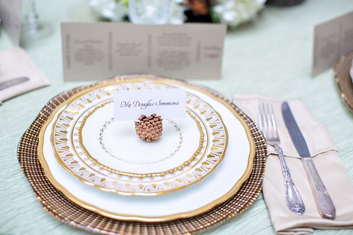 vintage-wedding-table-setting
