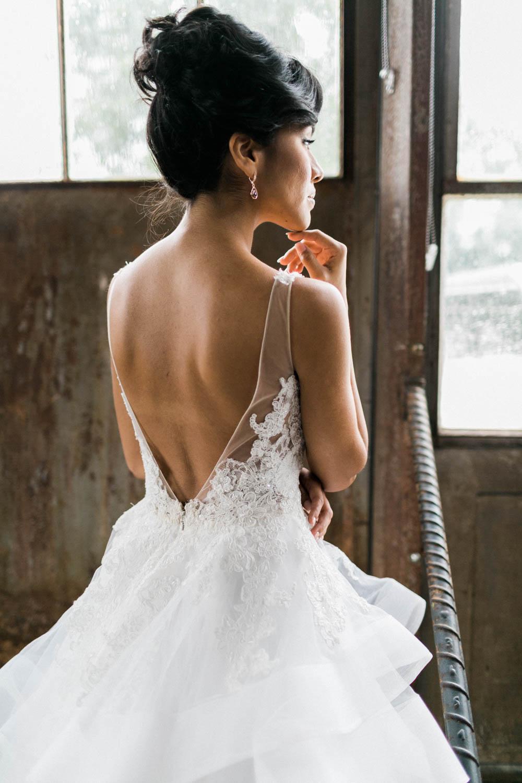 backless-wedding-dress-alexis-june-atlanta-daylight-studio-26