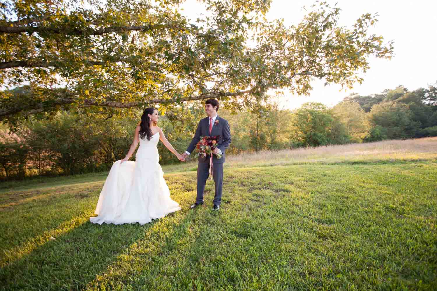 bride-and-groom-field-chey-photography-sweet-meadow-83