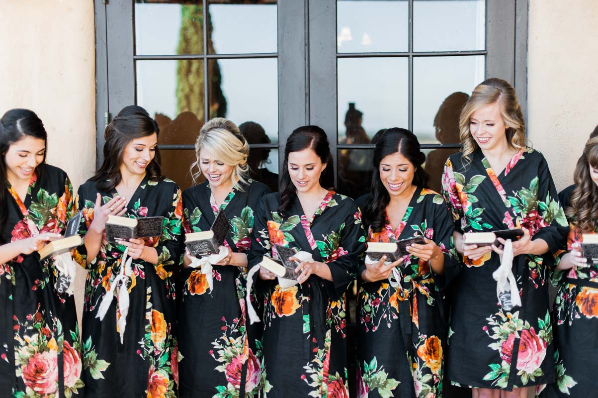 bridesmaids-gifts-best-photography-70