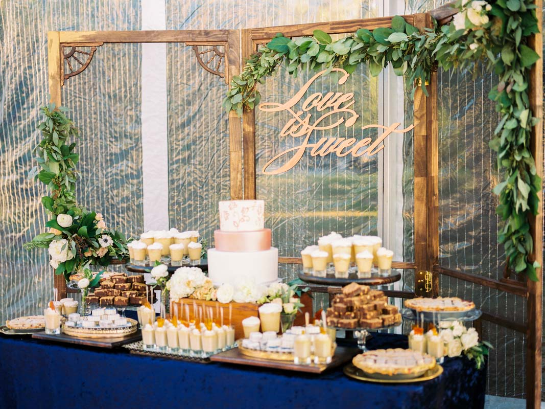 gold-sweets-table-louise-photography-108