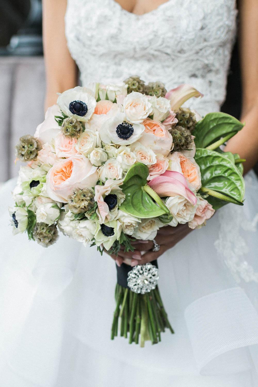 green-light-orange-bridal-bouquet-alexis-june-atlanta-daylight-studio-47