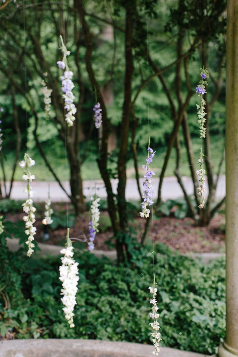 hanging-flowers-wedding-ceremony-backdrop