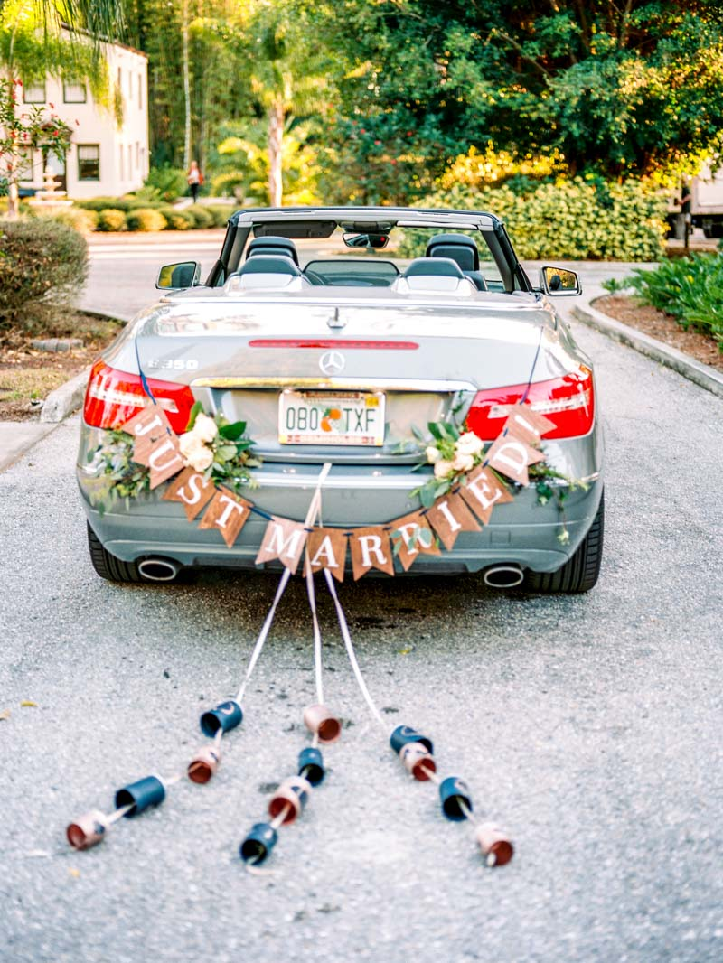 just-married-getaway-car-louise-photography-104
