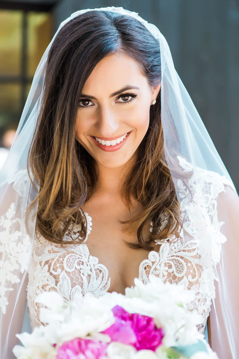 lace-dress-and-veil-vue-photography-67