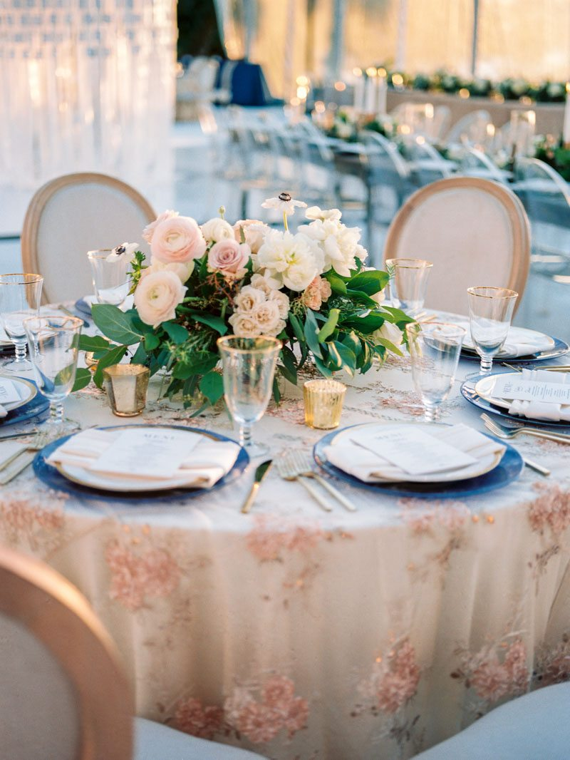 light-pink-gold-table-setting-louise-photography-80