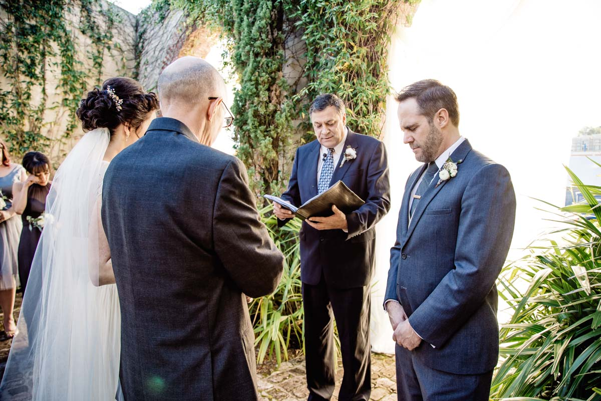 natural-outdoor-ceremony-sowing-clover-photography-57