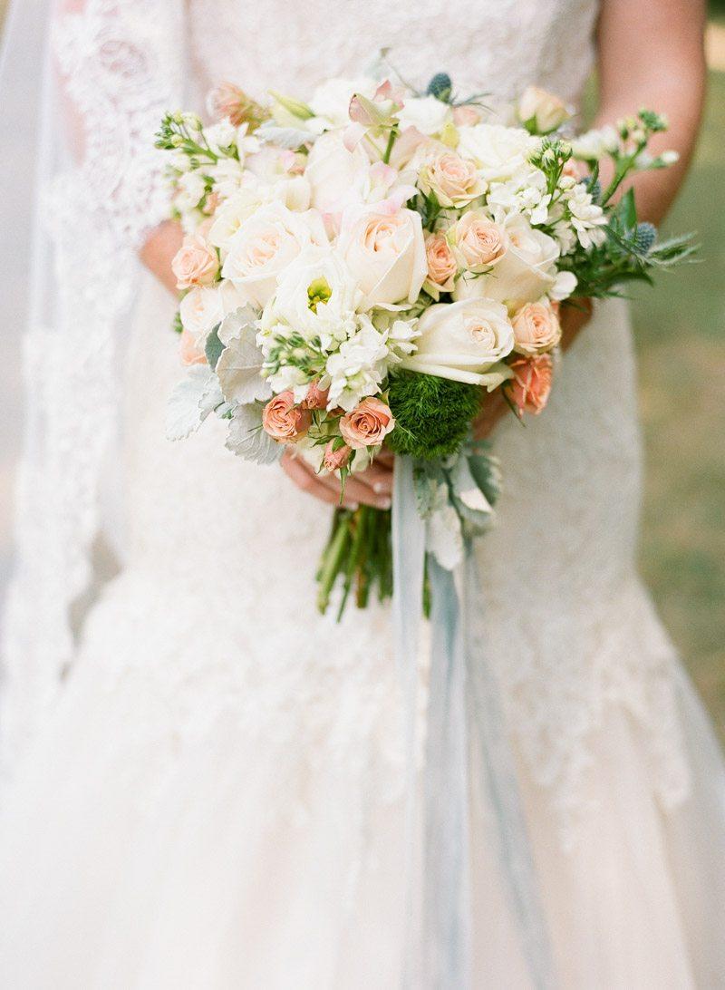 orange-and-creme-bridal-bouquet-anna-shakleford-62
