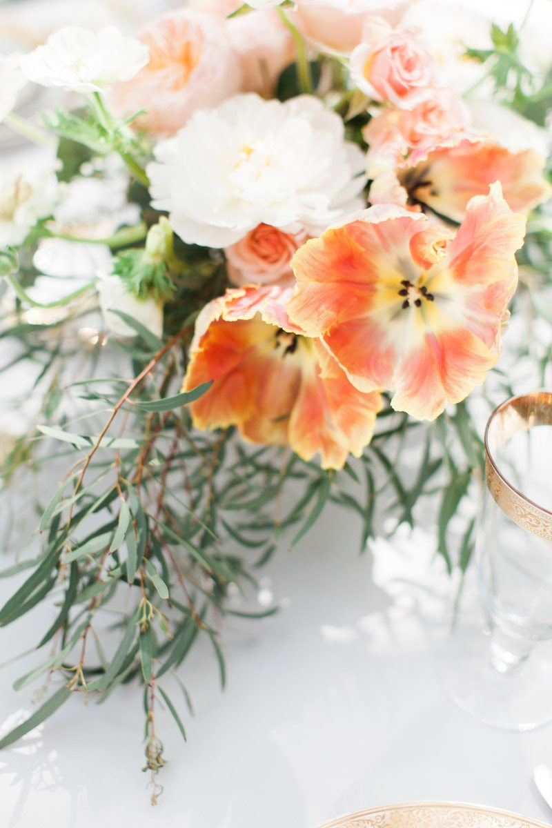 orange-flower-table-pieces-ozzy-garcia-16