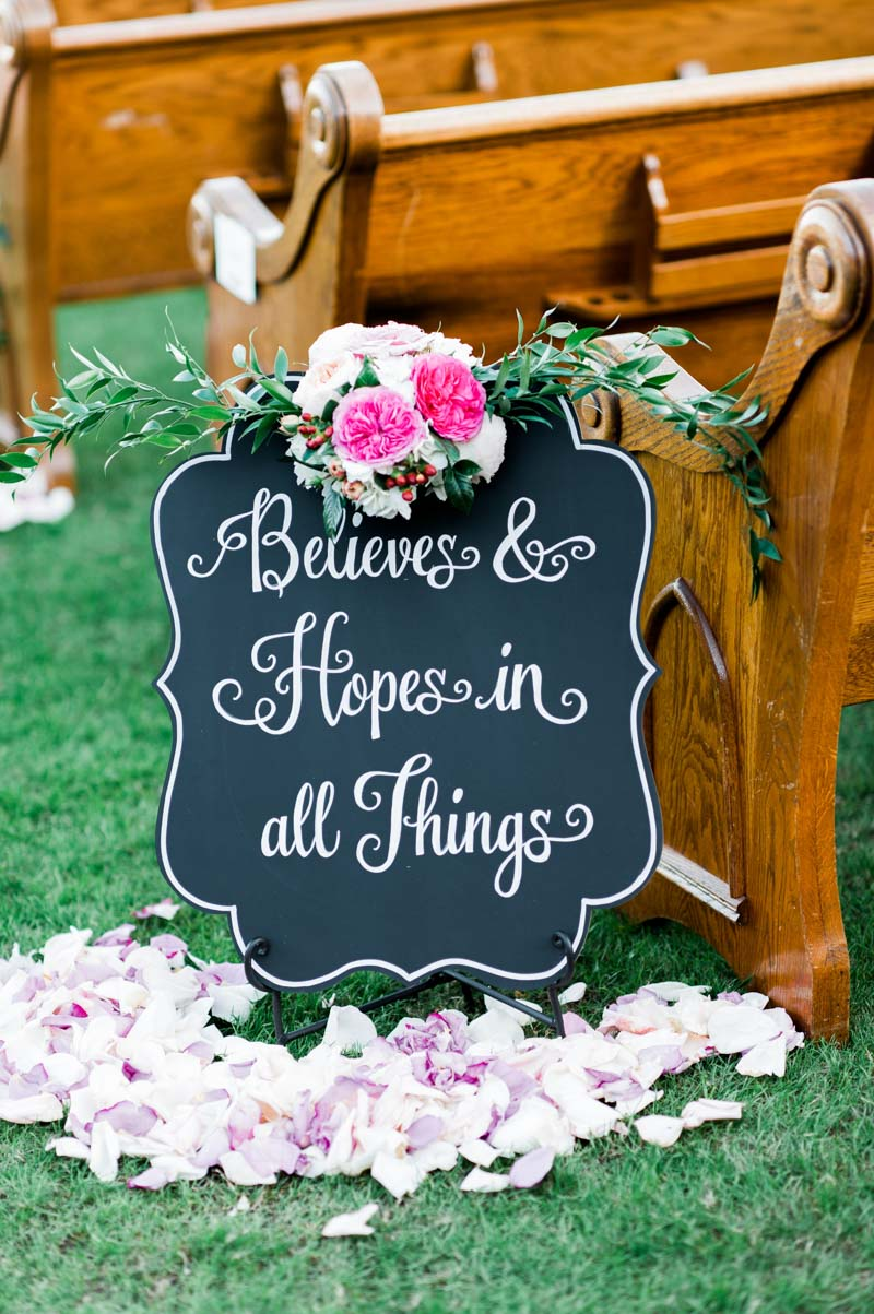 outdoor-ceremony-details-chalboard-best-photography-20