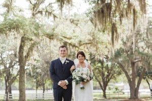 southern spanish moss bride and groom