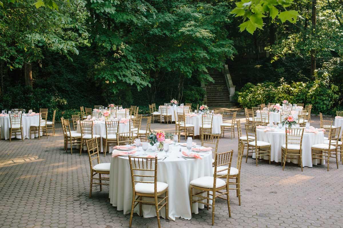 outdoor-wedding-reception-cator-woolford-gardens-outdoor-atlanta-wedding-venue