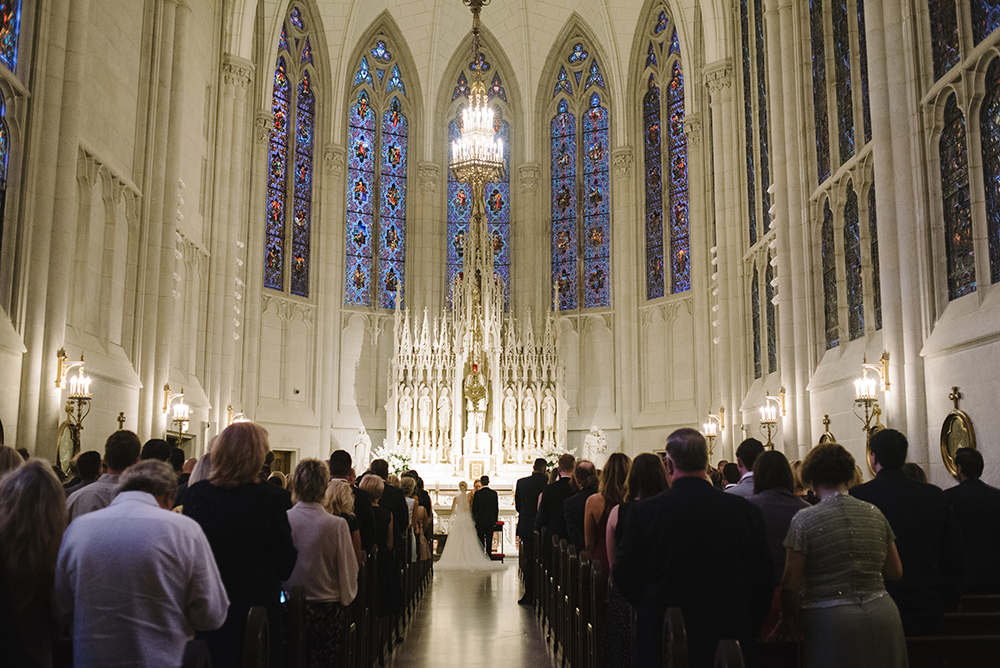 Downtown Chicago white wedding chapel