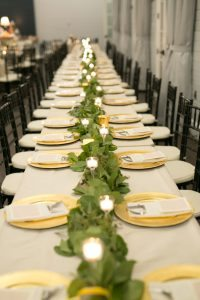 wedding-reception-feasting-table-centerpiece-ideas