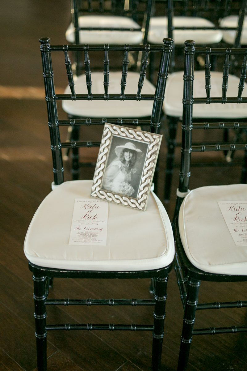 Mother Of The Bride Memorial Seat Wedding Ceremony Shauna Veasey Photography