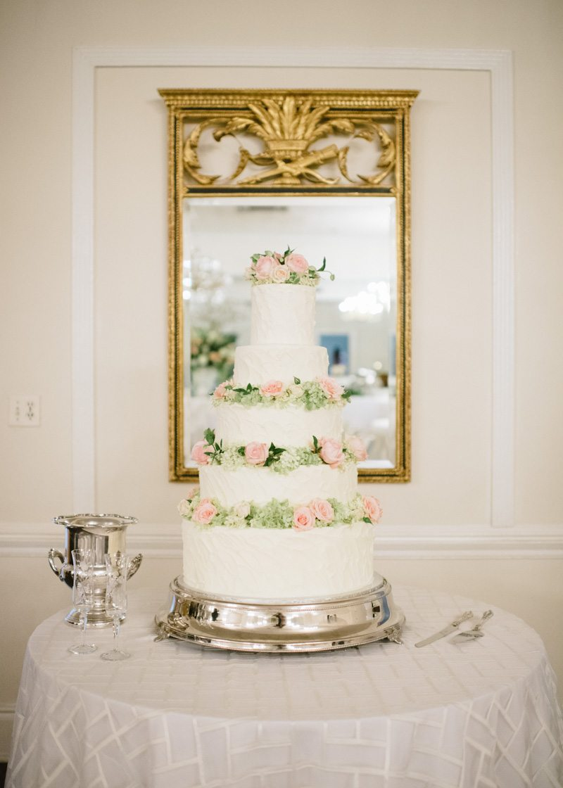 tiered-buttercream-wedding-cake-fresh-flowers
