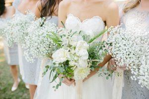white-bridal-bridesmaid-bouquets