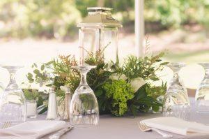 lantern-garland-wedding-reception-centerpieces