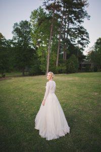 bride-ballet-sweater-accesories
