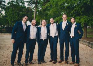 navy-blush-groomsmen-attire