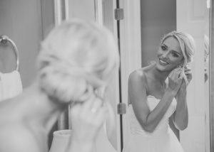 bride-getting-ready-wedding-day