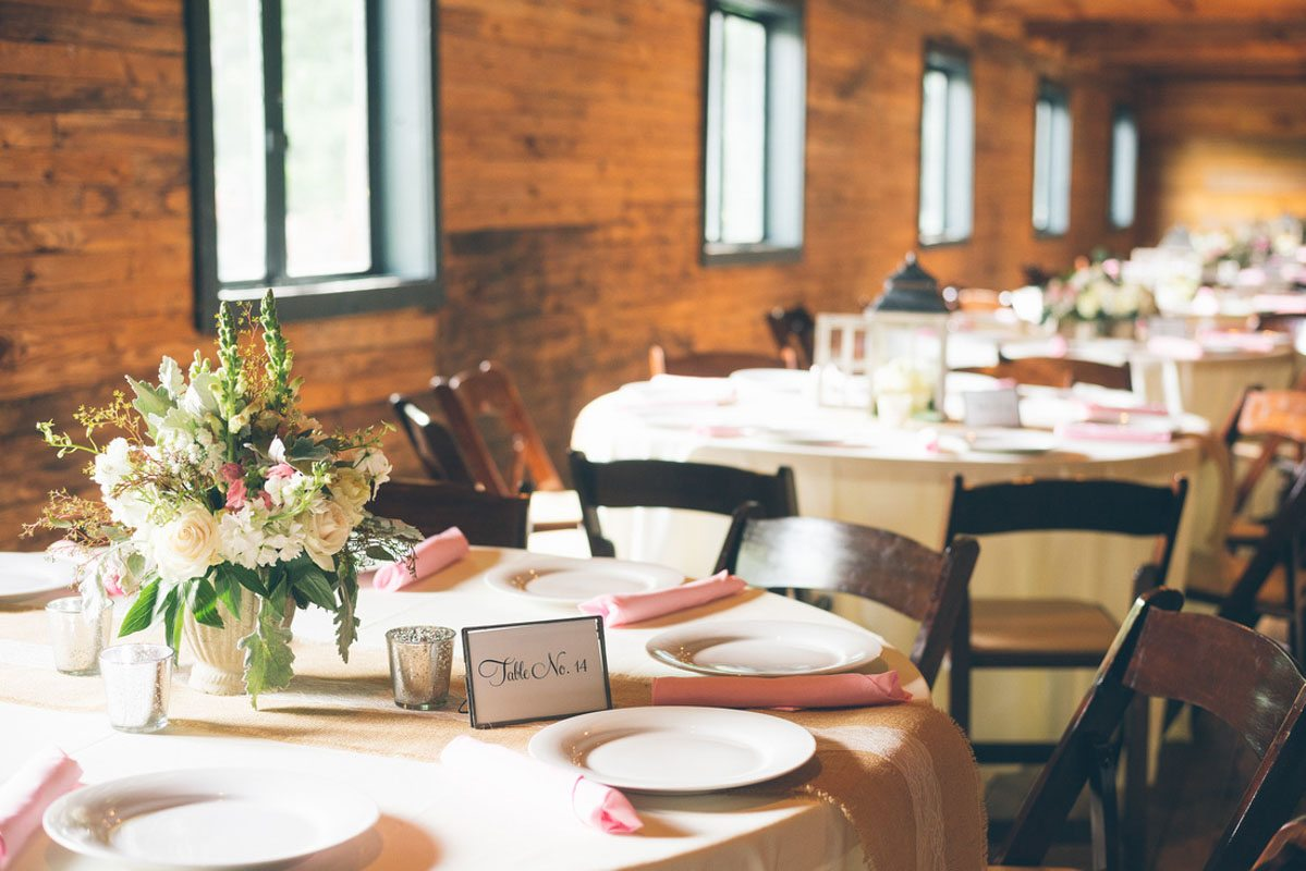 Neutral spring wedding at the variety works in madison ga - Le petit jardin madison ga toulouse ...