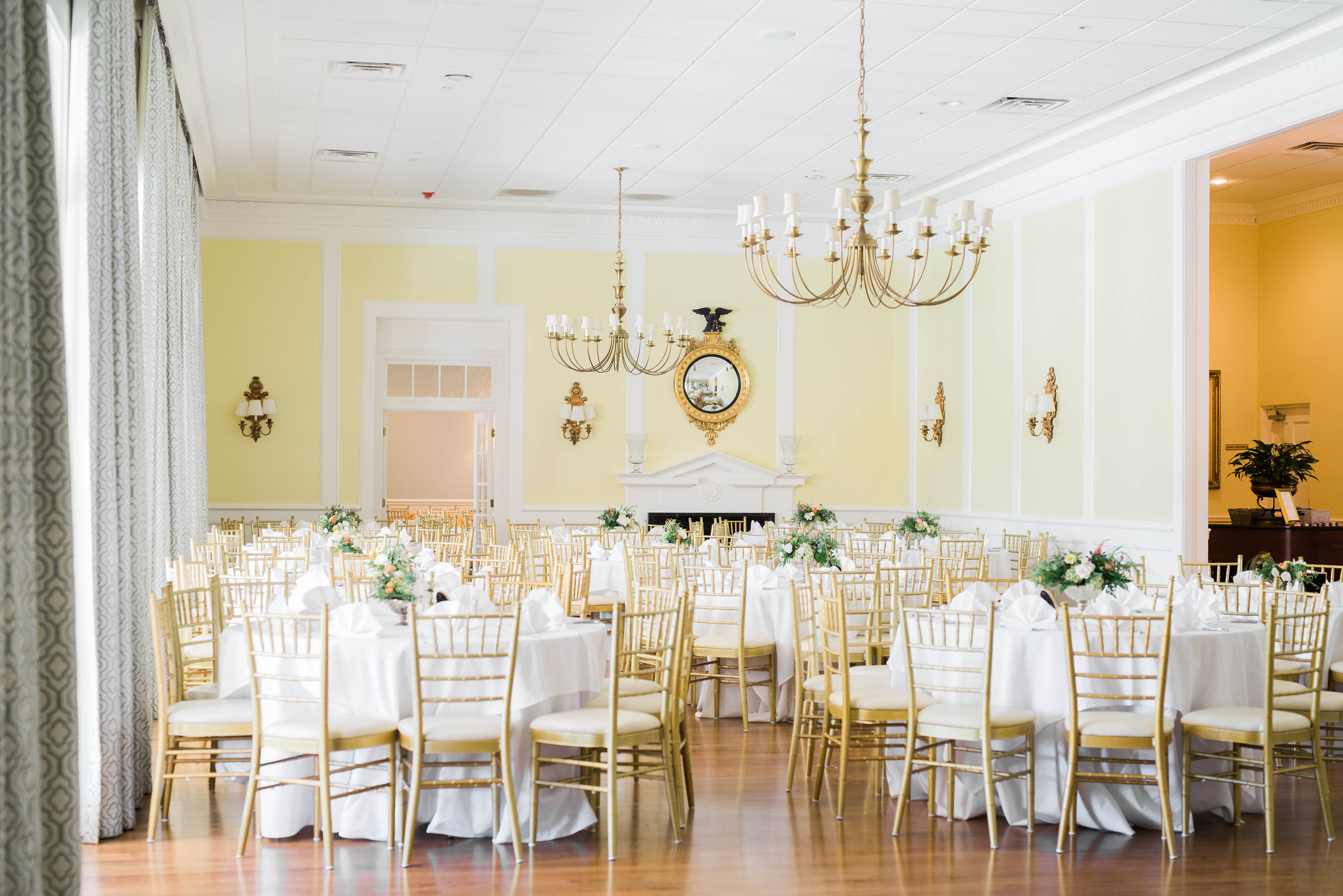 A Timeless Wedding Affair At Furman University In Greenville Sc Interior Design Programs In