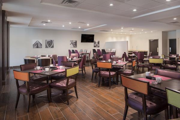 Crowne Plaza Hotel in Burr Ridge, IL